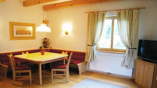 Fuchs-Living-Room3